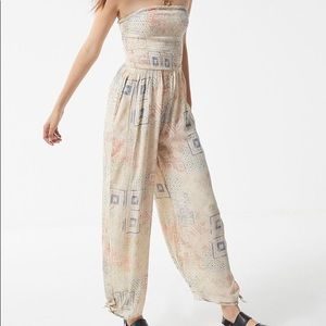URBAN OUTFITTERS Tube Smocked Jumpsuit